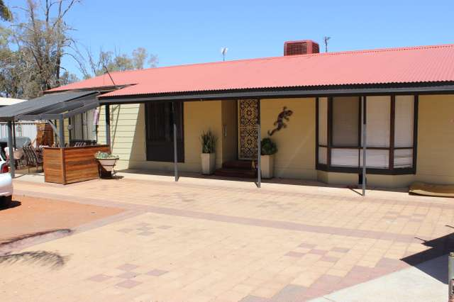 6 Rowe Court, Roxby Downs SA 5725