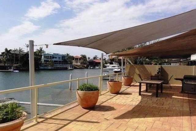 6 Nirvana Court, Runaway Bay QLD 4216