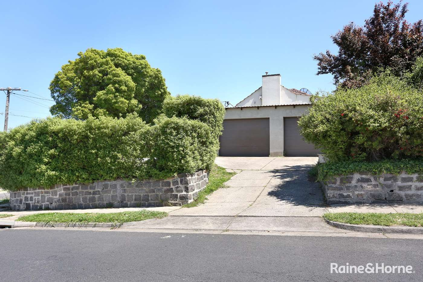 Main view of Homely house listing, 15 Xavier Street, Oak Park VIC 3046