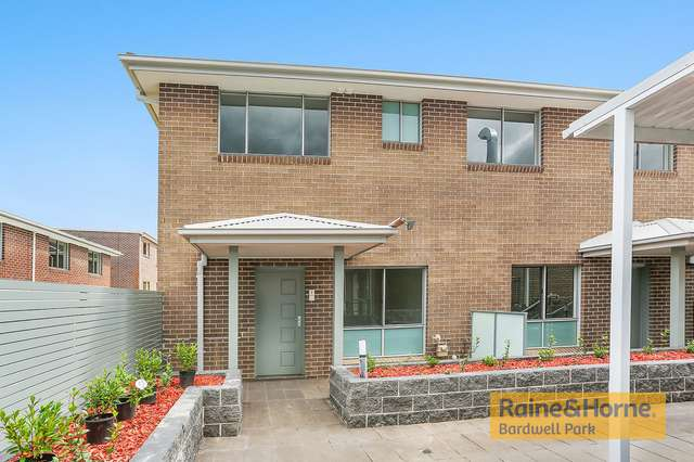 7/20 Old Glenfield Road, Casula NSW 2170