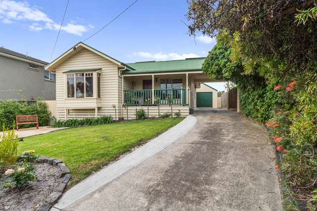 77 Centenary Street, Seaford VIC 3198