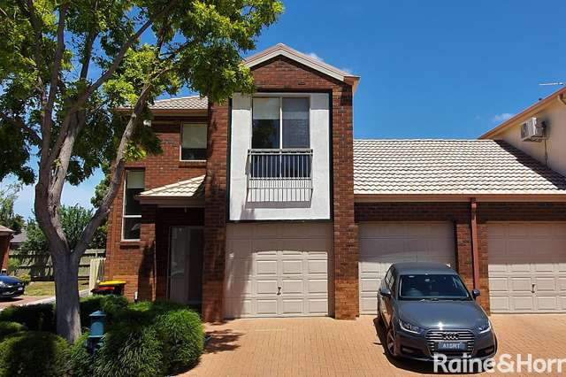 61 The Glades, Taylors Hill VIC 3037