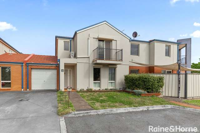 5/4 Landers Court, Caroline Springs VIC 3023