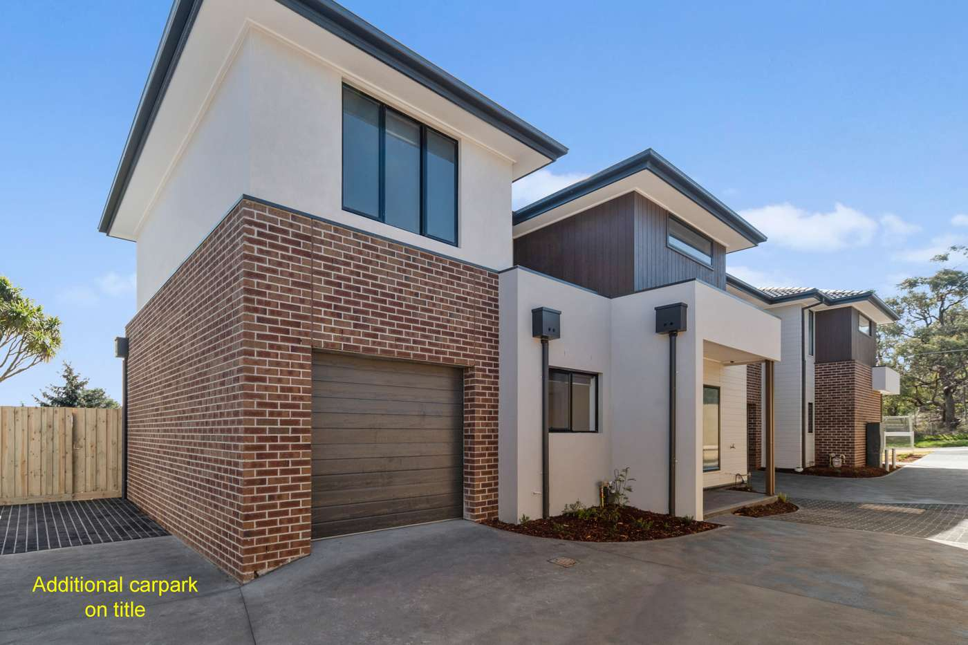 Main view of Homely townhouse listing, 1/84 Heatherhill Road, Frankston, VIC 3199