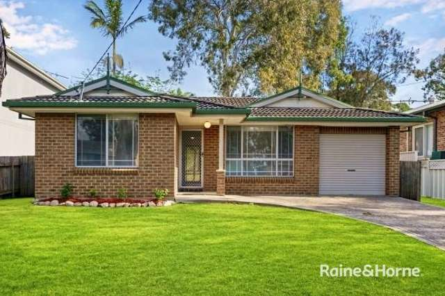 8 Lakeshore Avenue, Chain Valley Bay NSW 2259