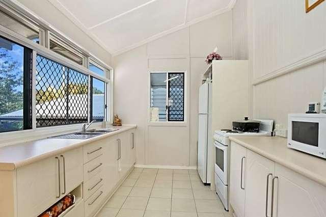 84 Thomas Street, Sherwood QLD 4075