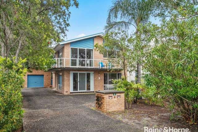 9 Mitchell Parade, Mollymook NSW 2539
