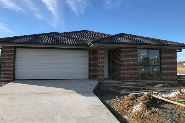 77 Kenny Drive, Tamworth NSW 2340
