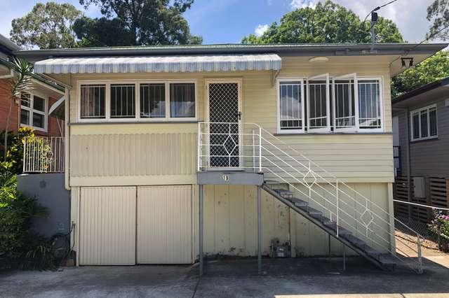 19 Warren Street, St Lucia QLD 4067