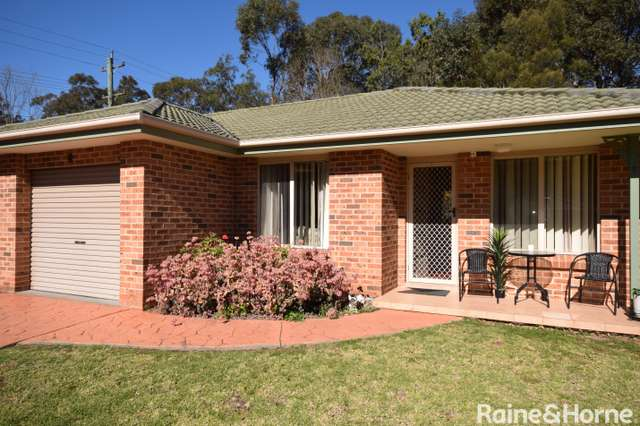 2/2 Maleen Street, Bomaderry NSW 2541