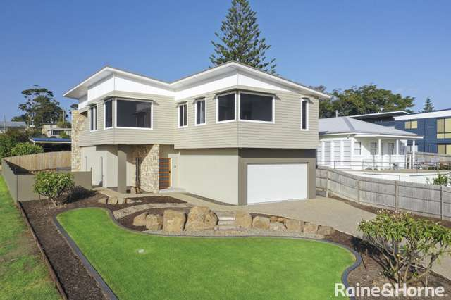 84 Seaview Street, Mollymook NSW 2539