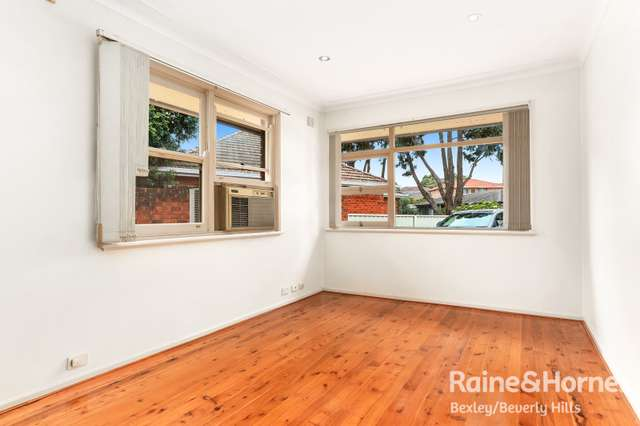 Granny Flat 2 Colwell Street, Kingsgrove NSW 2208