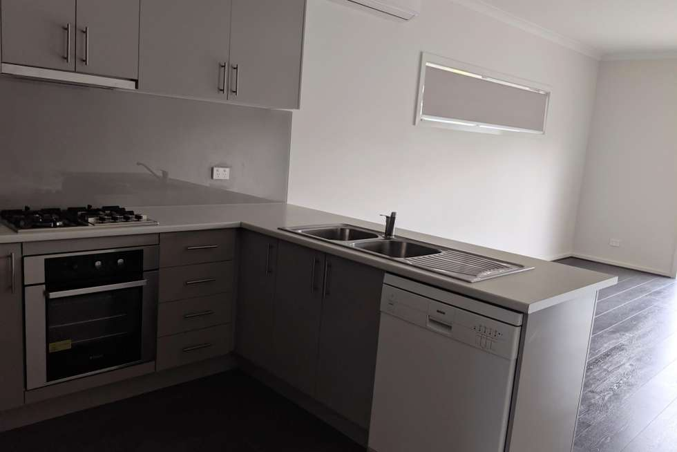 Second view of Homely house listing, 3/38 Tulsa Drive, Sunbury VIC 3429