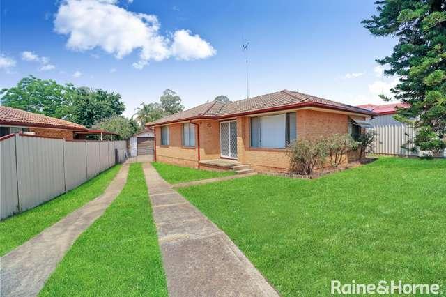 10 McCartney Crescent, St Clair NSW 2759