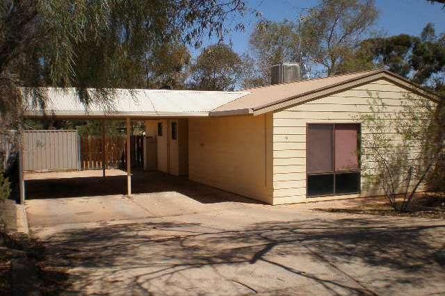 16 Hermit Street, Roxby Downs SA 5725
