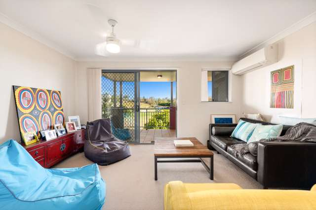 24/300 Sir Fred Schonell Drive, St Lucia QLD 4067