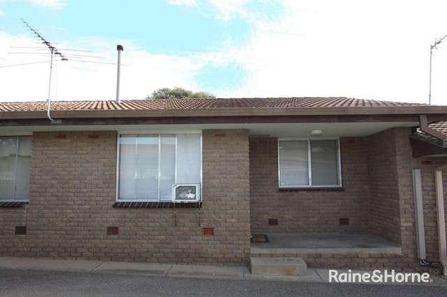 2/6 Joyes Place, Tolland NSW 2650