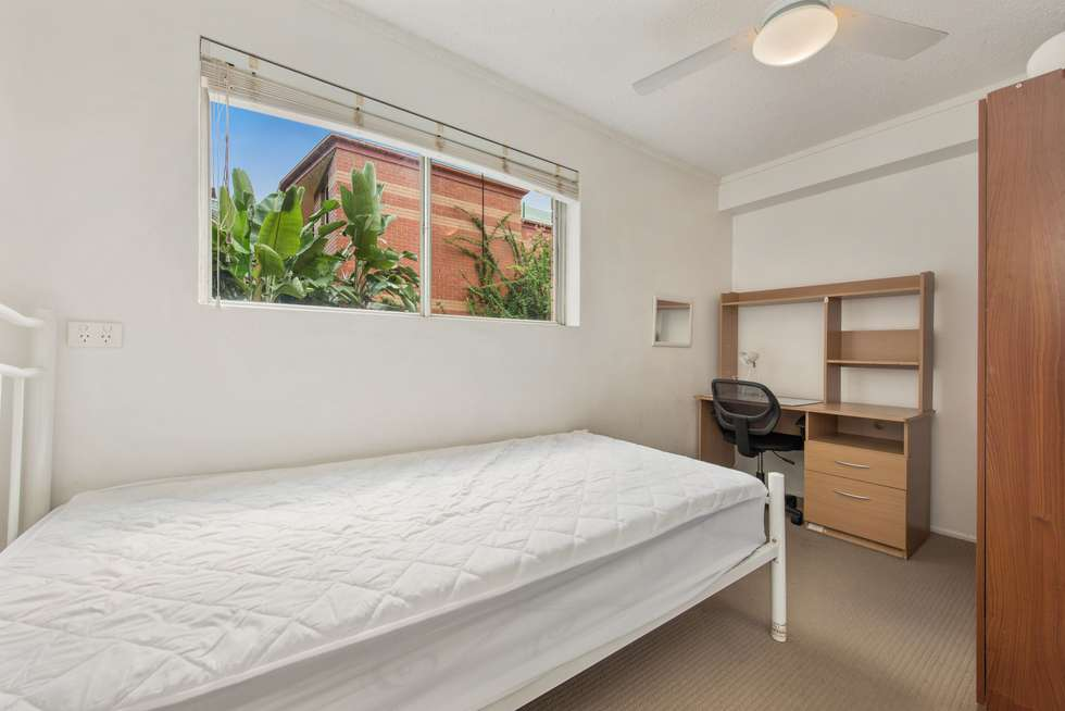 Fifth view of Homely unit listing, 3/11 Munro Street, St Lucia QLD 4067