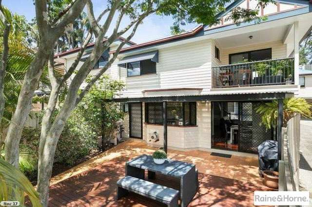 1/56 Central Avenue, Indooroopilly QLD 4068