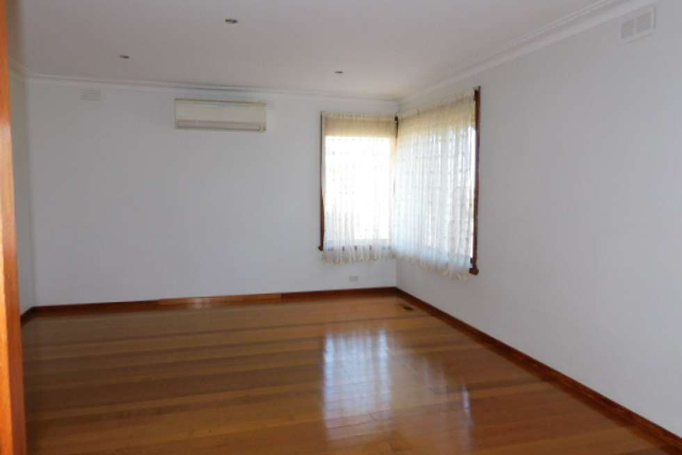 Fourth view of Homely unit listing, 132 Outlook Dr, Glenroy VIC 3046