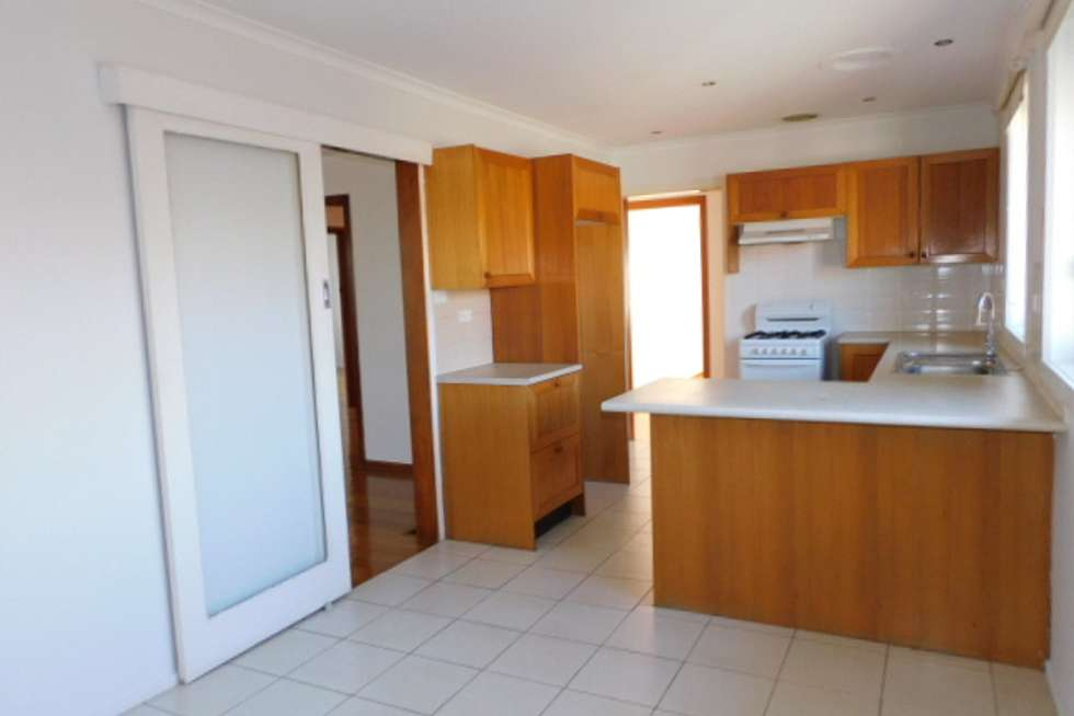 Fifth view of Homely unit listing, 132 Outlook Dr, Glenroy VIC 3046