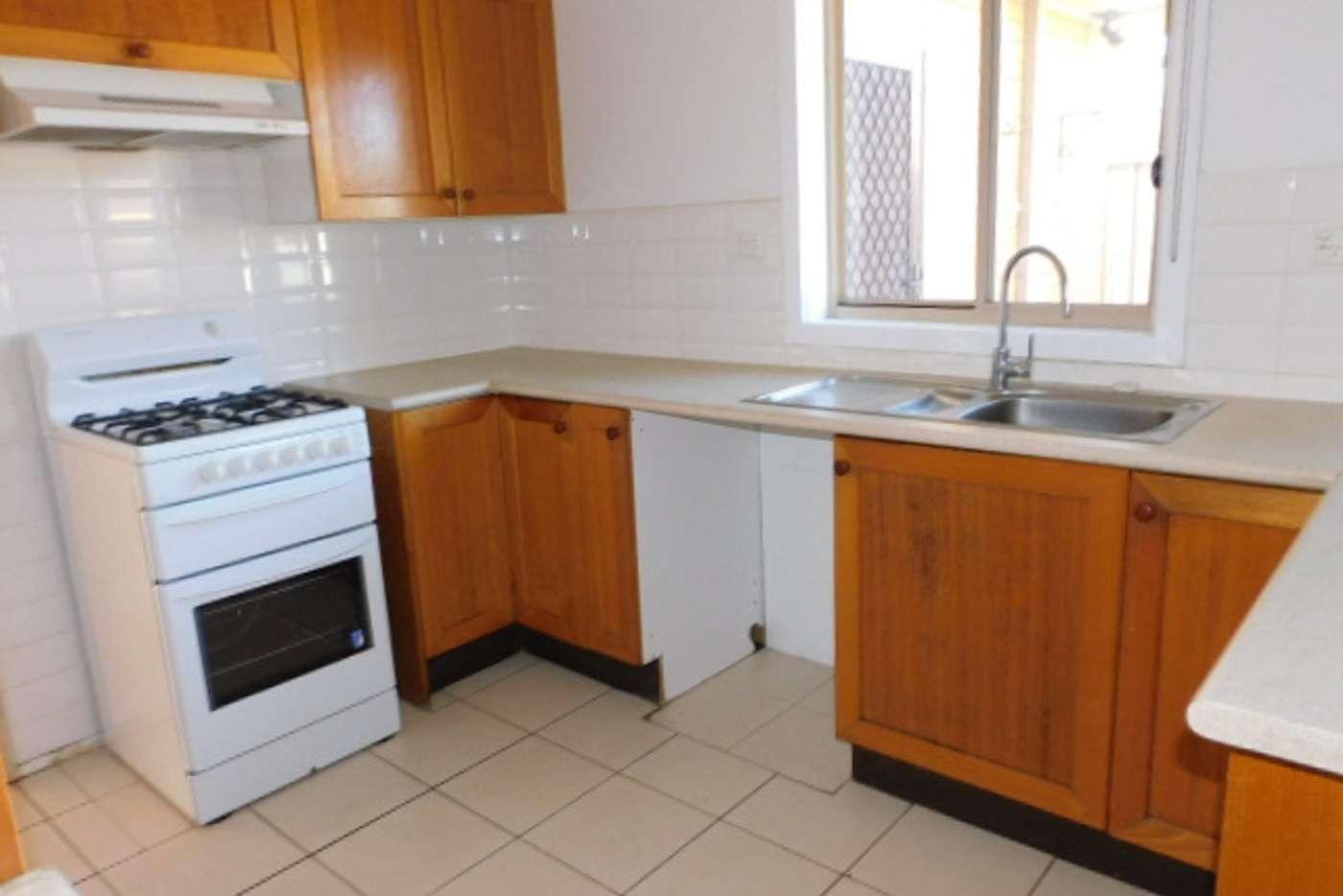Sixth view of Homely unit listing, 132 Outlook Dr, Glenroy VIC 3046
