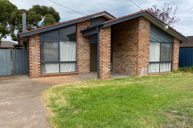 41 Grace Street, Melton South VIC 3338