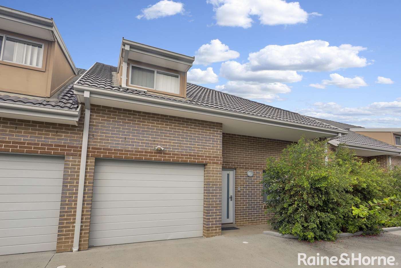 Main view of Homely townhouse listing, 7/10-12 Canberra Street, Oxley Park NSW 2760
