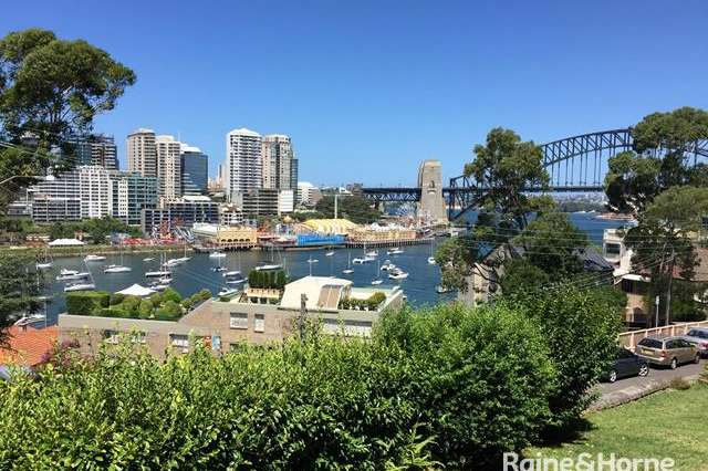 2/32 East Crescent Street, Mcmahons Point NSW 2060
