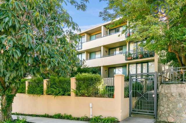 3/16 Hensman Street, South Perth WA 6151