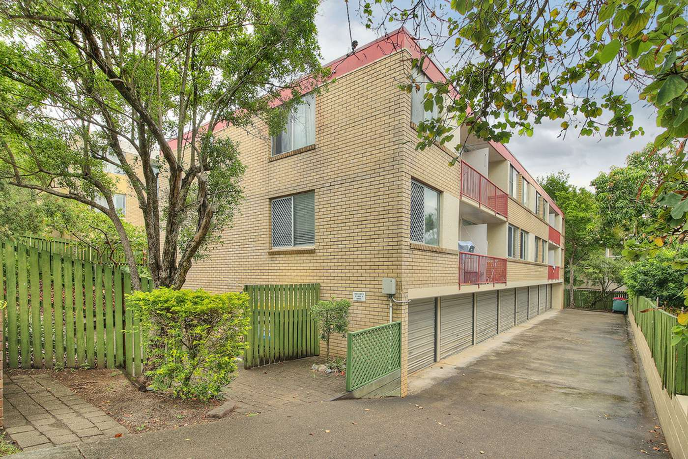 Main view of Homely apartment listing, 4/19 Durham Street, St Lucia QLD 4067