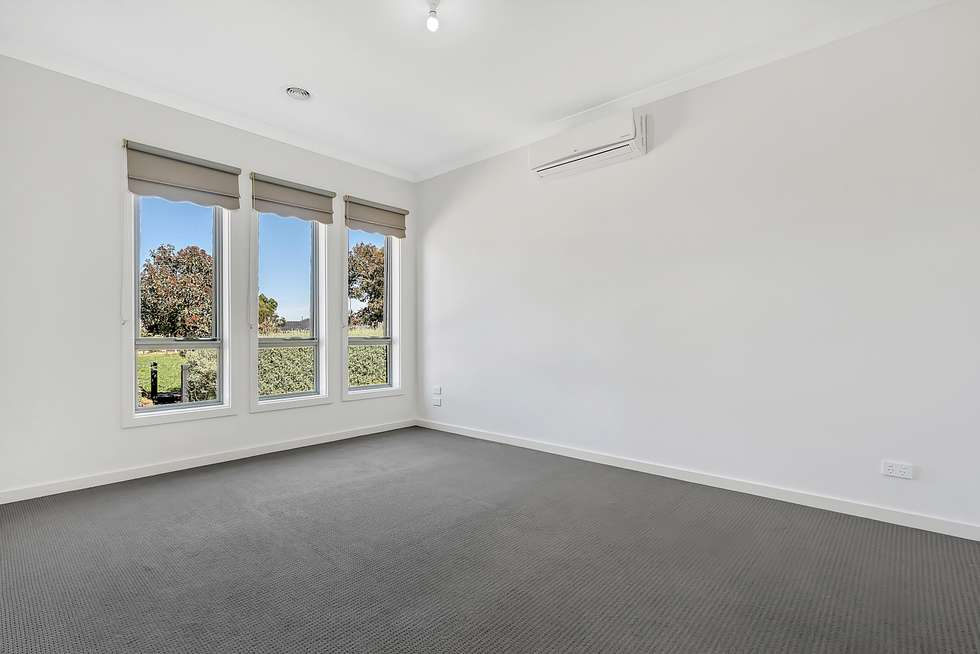 Fifth view of Homely house listing, 20 Crosskeys Road, Craigieburn VIC 3064