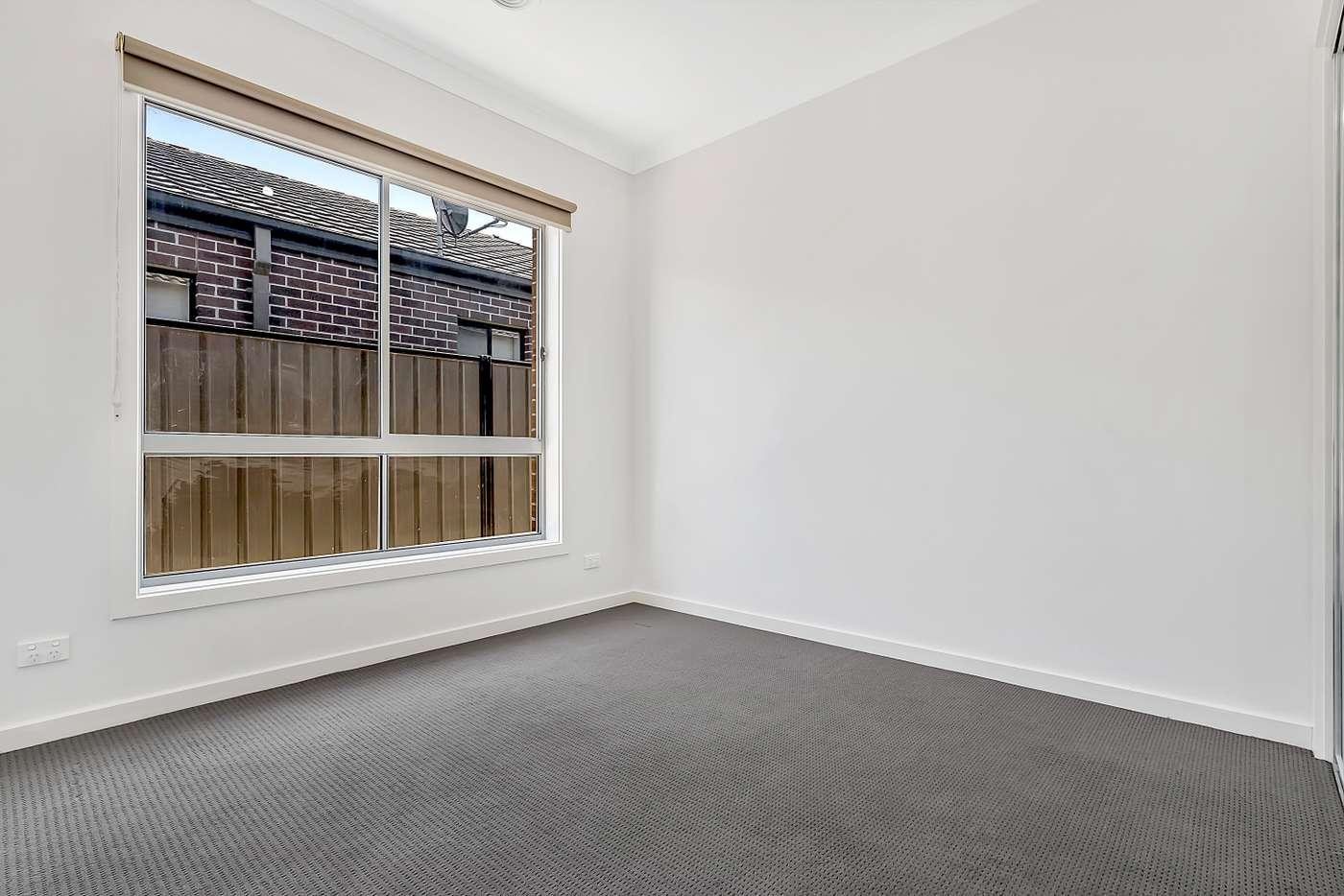 Seventh view of Homely house listing, 20 Crosskeys Road, Craigieburn VIC 3064