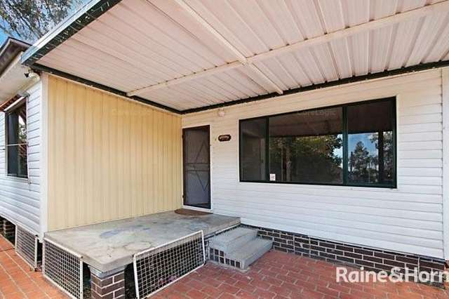 6 Pearce Road, Quakers Hill NSW 2763