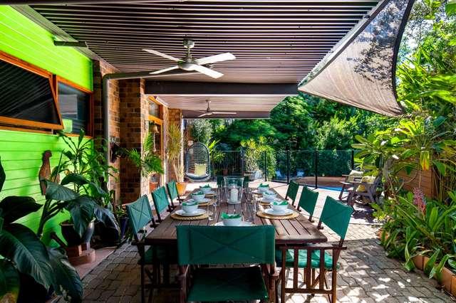 5 Manubar Place, Chapel Hill QLD 4069