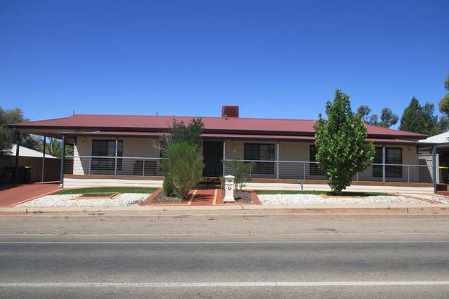 15 Aquila Boulevard, Roxby Downs SA 5725