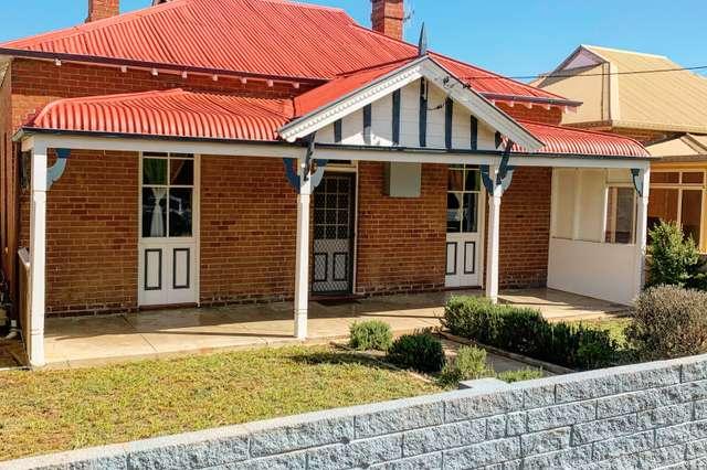 11 Vaux Street, Cowra NSW 2794