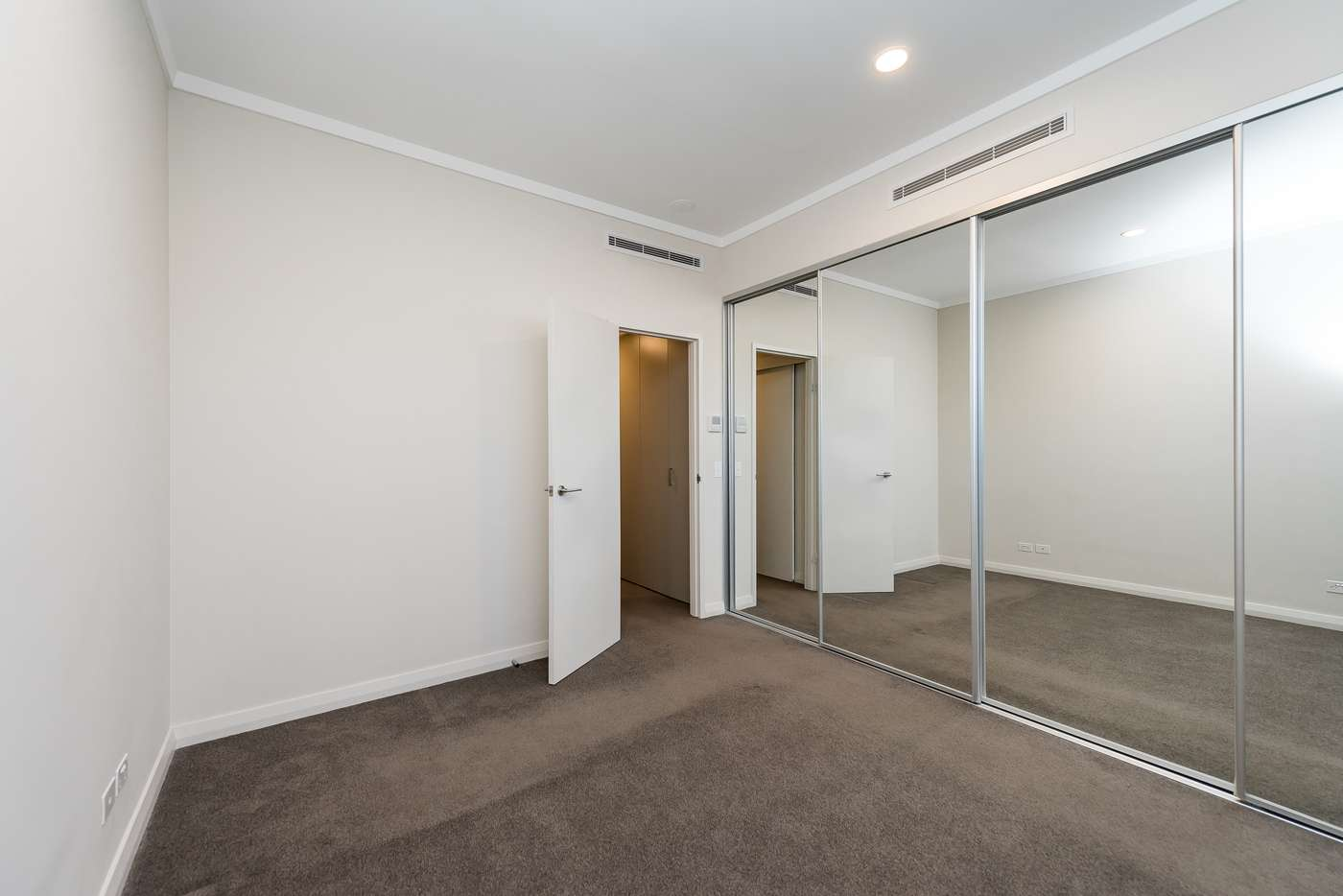 Seventh view of Homely apartment listing, 5/21-23 Queens Road, Mount Pleasant WA 6153