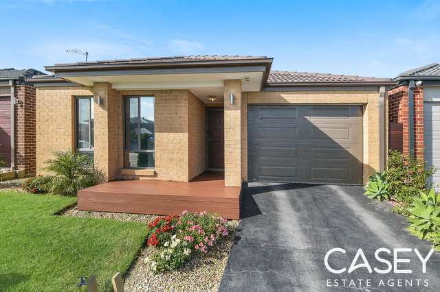 43 Macumba Drive, Clyde North VIC 3978