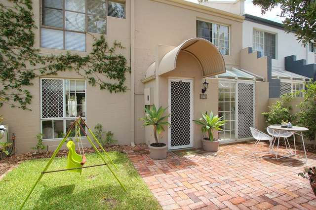 10 McAtee Court, Fremantle WA 6160