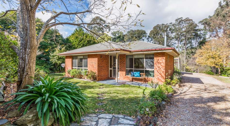 18 Old Golden Point Road