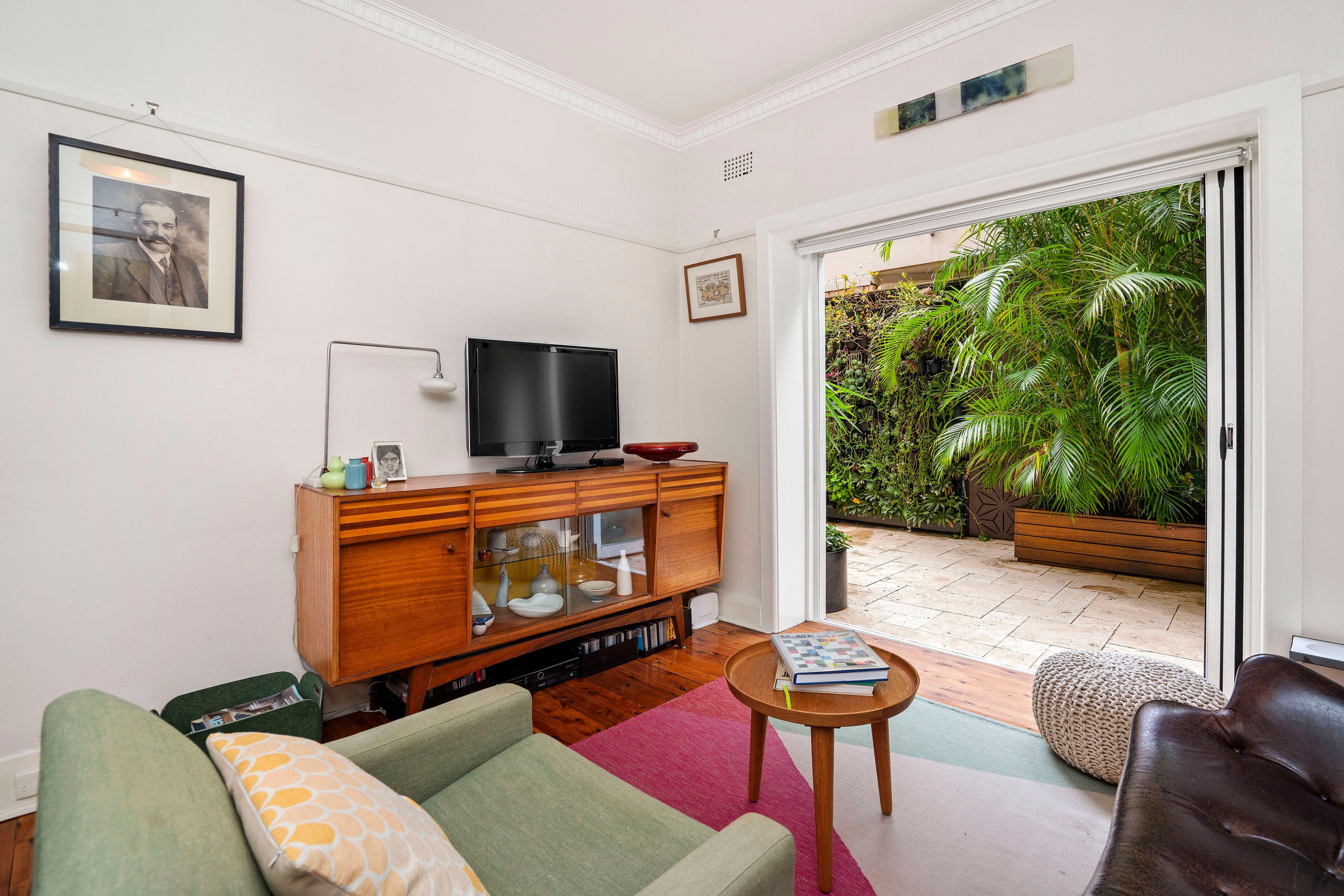 3 Room Flat sold apartment 3/5 edward street, bondi beach nsw 2026 - may
