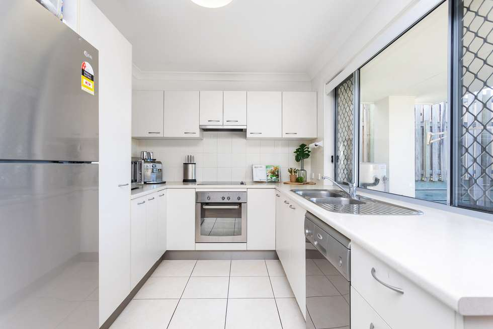 Second view of Homely townhouse listing, 6/110 Lexey Crescent, Wakerley QLD 4154