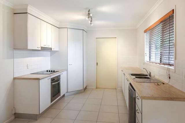17 Lichen Court, Regents Park QLD 4118