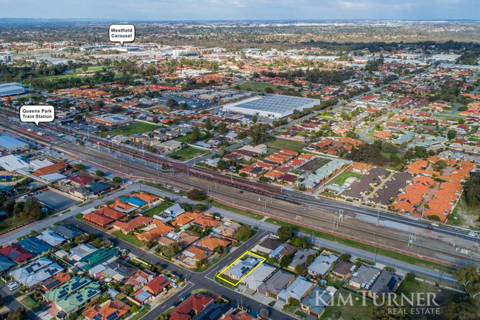Second view of Homely house listing, 15 Walton Street, Queens Park WA 6107