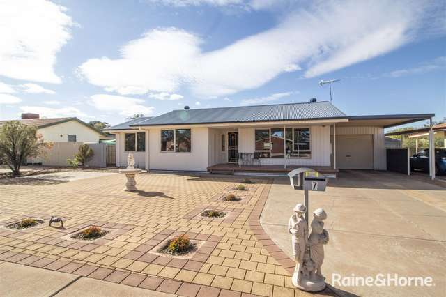 7 Waters Crescent, Port Augusta West SA 5700