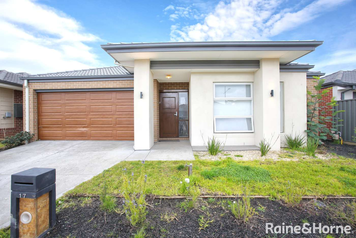 Main view of Homely house listing, 17 Observation Drive, Roxburgh Park VIC 3064
