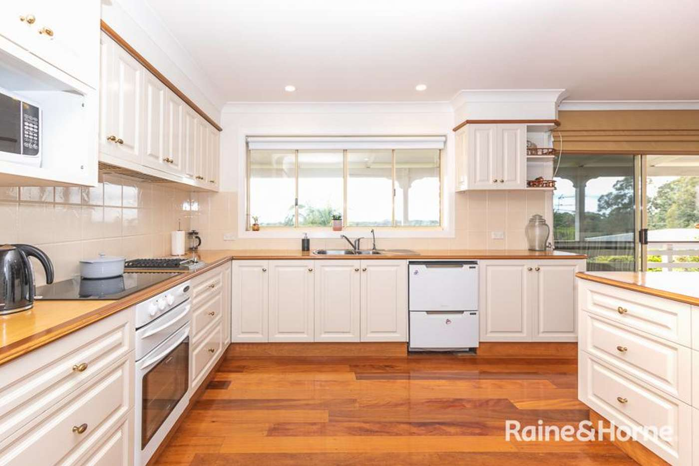 Sixth view of Homely house listing, 9 Banool Circuit, Ocean Shores NSW 2483