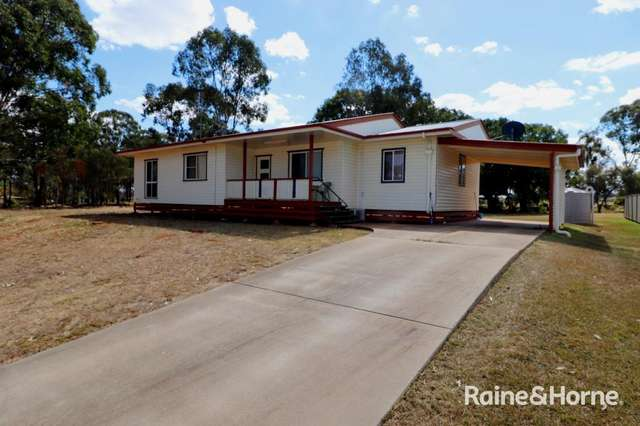 6 HOLLIDAY STREET, Kingaroy QLD 4610