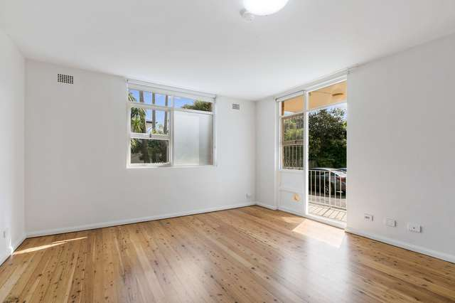2/13 Grafton Crescent, Dee Why NSW 2099